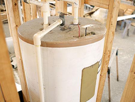Vente et installation de chauffe-eau à Joliette, Berthierville et dans Lanaudière - les Entreprises Daniel Sylvestre (Plombier à Montréal)